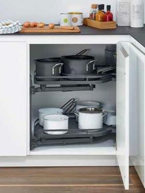Mueble de cocina de esquina con bandeja extraible